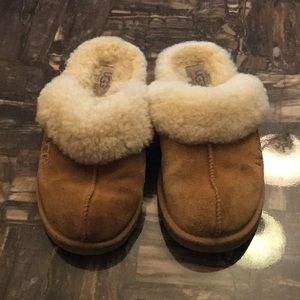 Used condition slippers